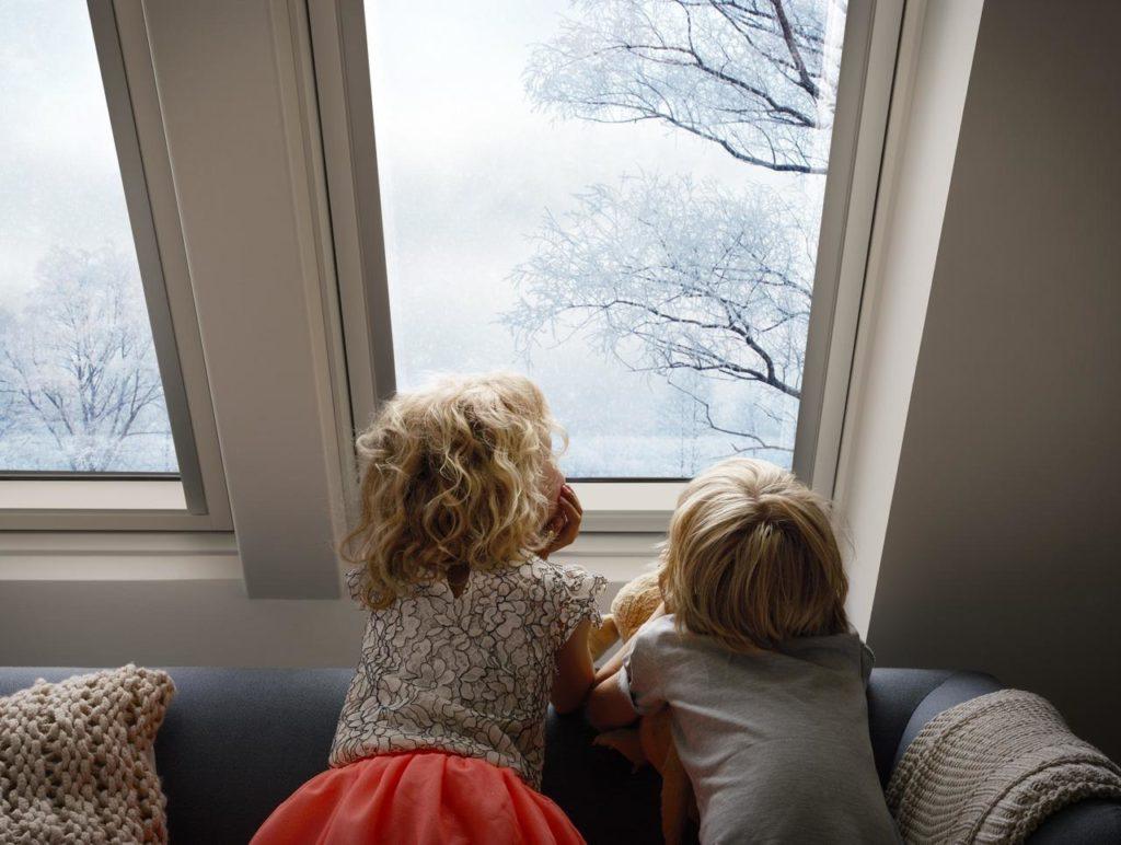 Фото мансардних вікон