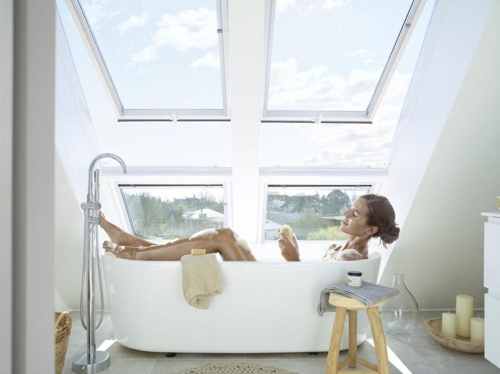 Дизайн інтер'єру ванної кімнати на мансарді 100+ фото