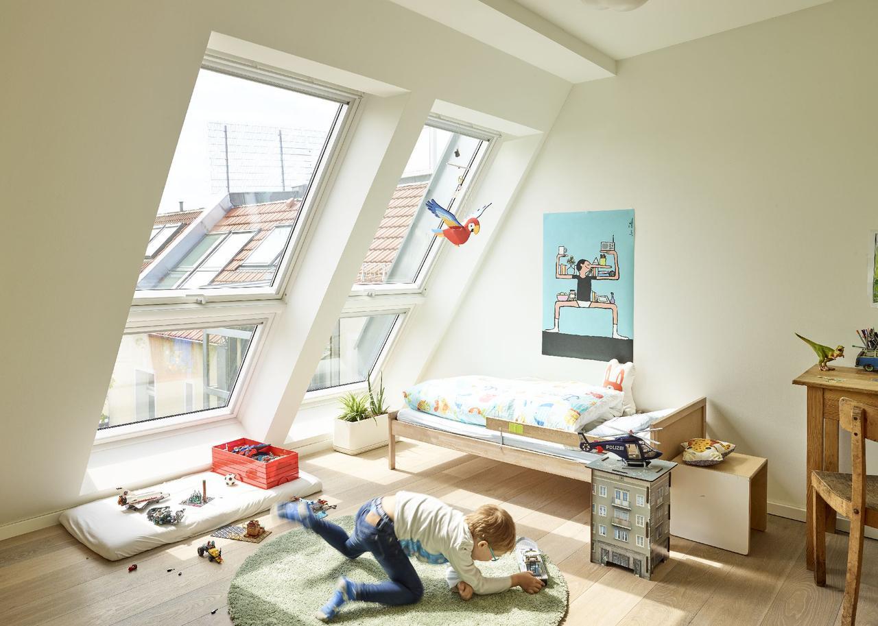 Дизайн інтер'єру дитячої кімнати на мансардному поверсі: фото #0103 Дитяча кімната на мансарді для хлопчика: дизайн і фото інтер'єру