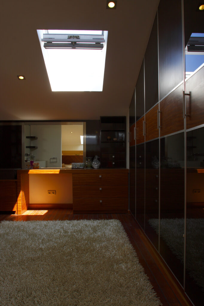 Фото мансардных домов изнутри