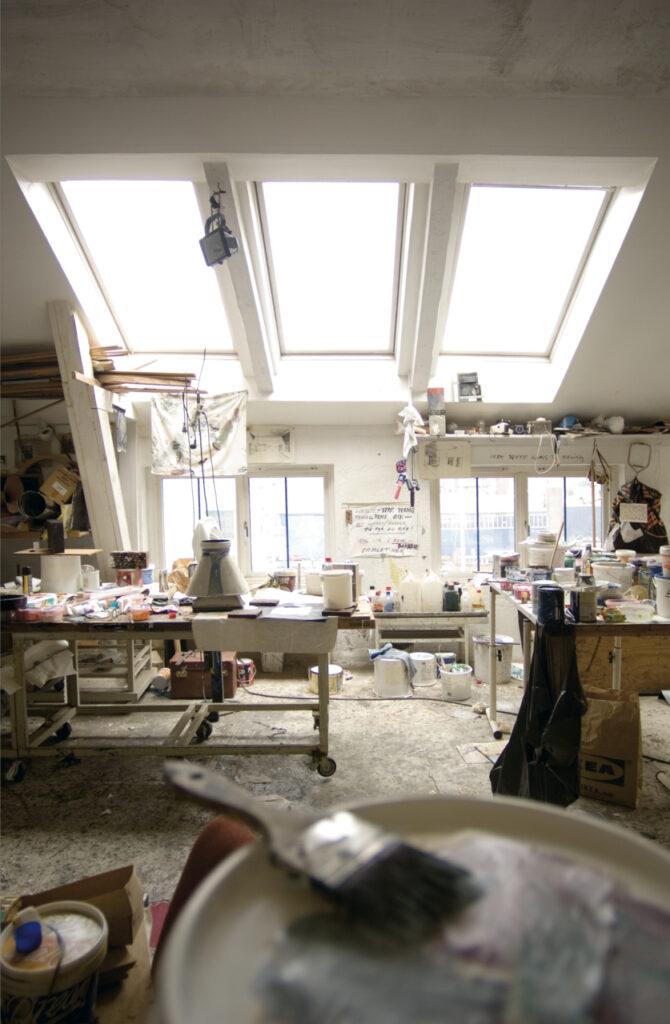 Дизайн интерьера мастерской на мансарде 100+ фото