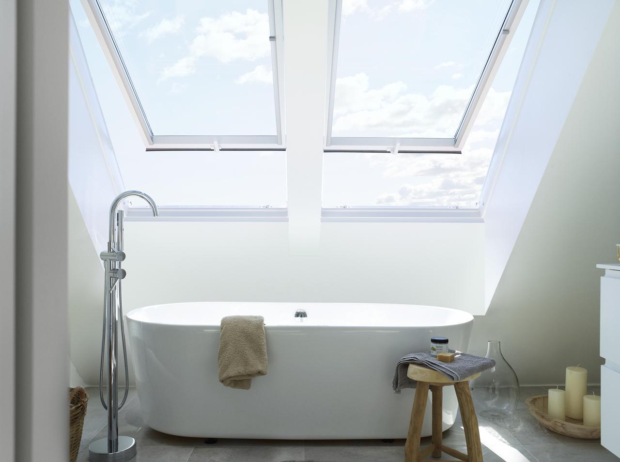 Дизайн інтер'єру ванної кімнати на мансардному поверсі: фото #0006 Ванна кімната на мансардному поверсі