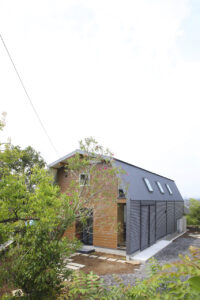 Мансардний вальмовий дах фото